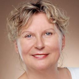 Evelyne Maass